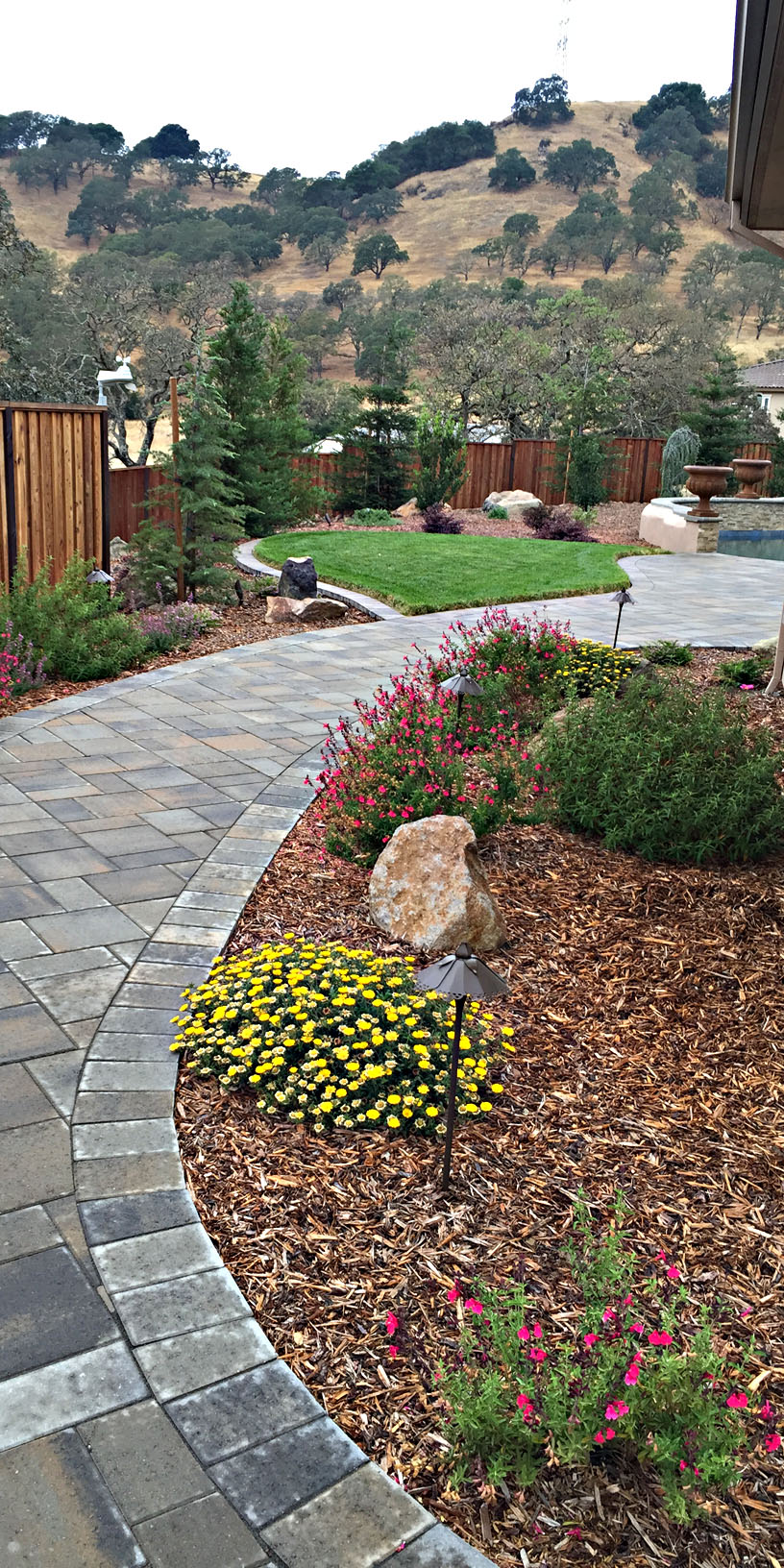 Landscape Paver Works For All Your Landscaping Needs